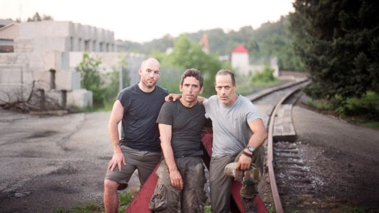 Sebastian Junger's last patrol. | Photo: Guillermo Cervera/HBO | ideas.ted.com